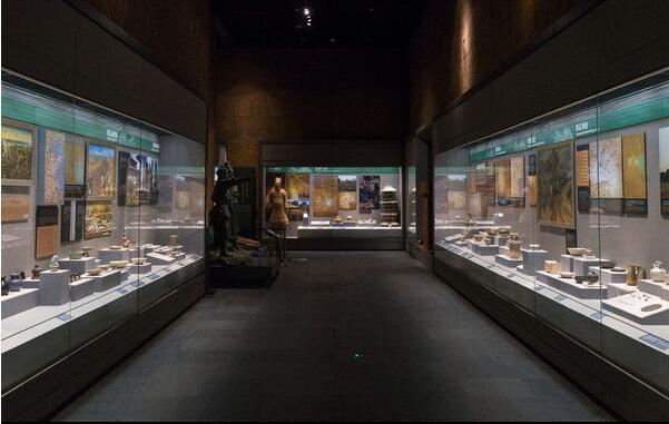 传统展览馆与数字展厅之间的详细差异插图